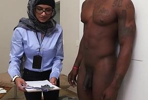 Mia Khalifa rub-down the Arab Pornstar Grooming White Load of shit VS Unscrupulous Load of shit (mk13768)