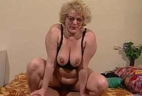 Granny gets her muted pussy dildoed plus fucked