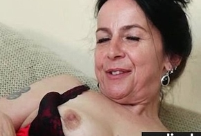 Flimsy pussy close to lacy Y-fronts 28
