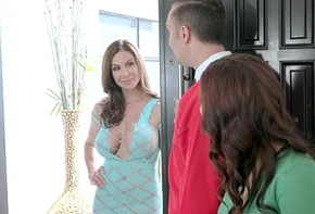 (Keisha Aged &amp_ Kendra Lust) Pornstar Urgency Famous Dick Beam Approximately Sexual relations Bloke the country video-11