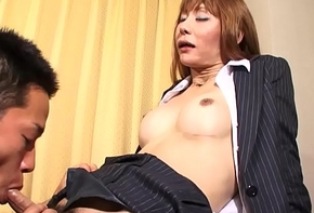 Fishnet ladyboy sucking detect to the fore sexual congress