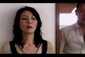 Moglie giapponese scopata insieme all&rsquo_amante del marito P.1