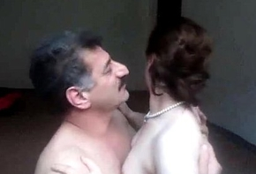 Arab aunty sucked n fucked apart from spouse wid glaring whinging bitching