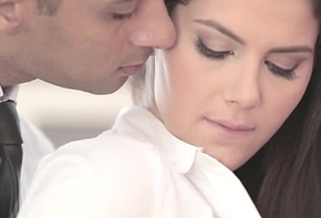 Snazzy officesex closeup more valentina nappi
